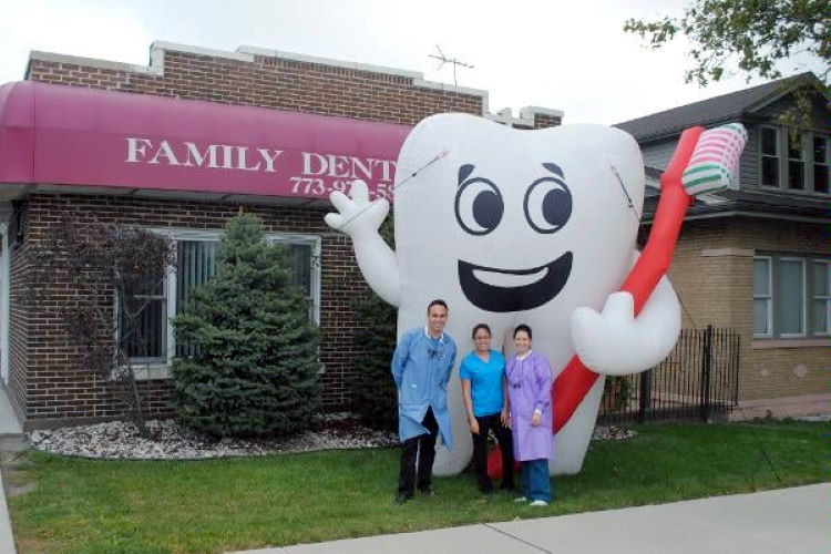 Family Dental Care - South Chicago, IL
